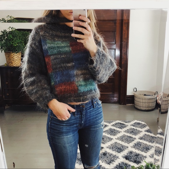 394587005ac45c Vintage 80s cropped mohair Wool Sweater. M_5b885cc91070eef12bc81fb8